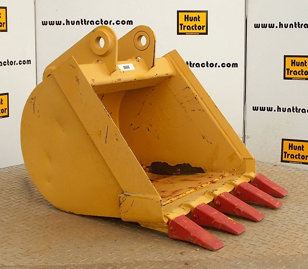 45915-24in Bobcat 811 Bucket-1