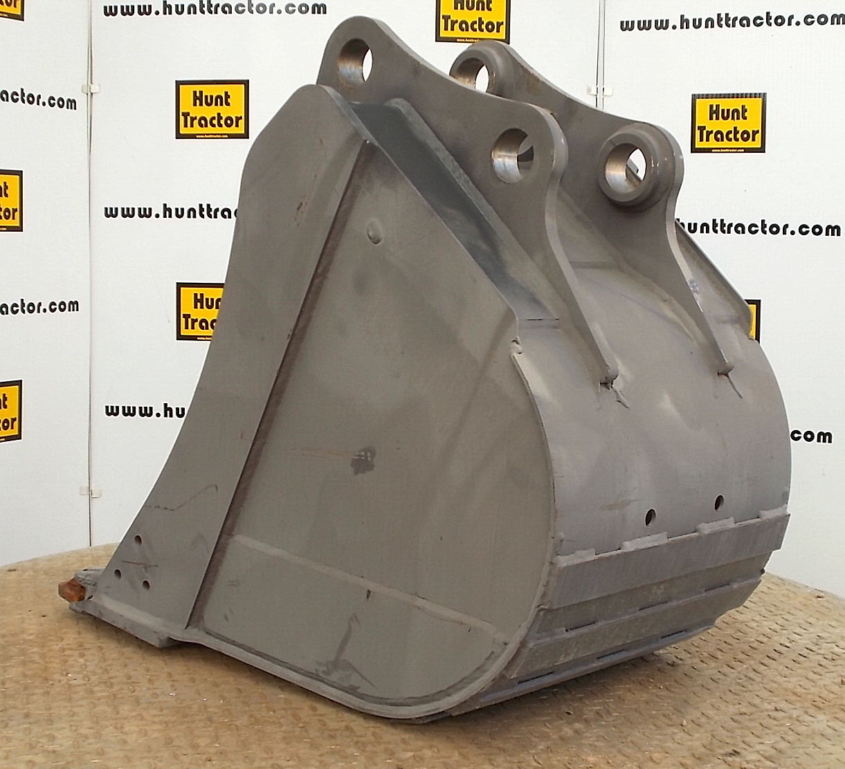New 24 Quot Volvo Ecr88 Pin On Excavator Bucket For Sale