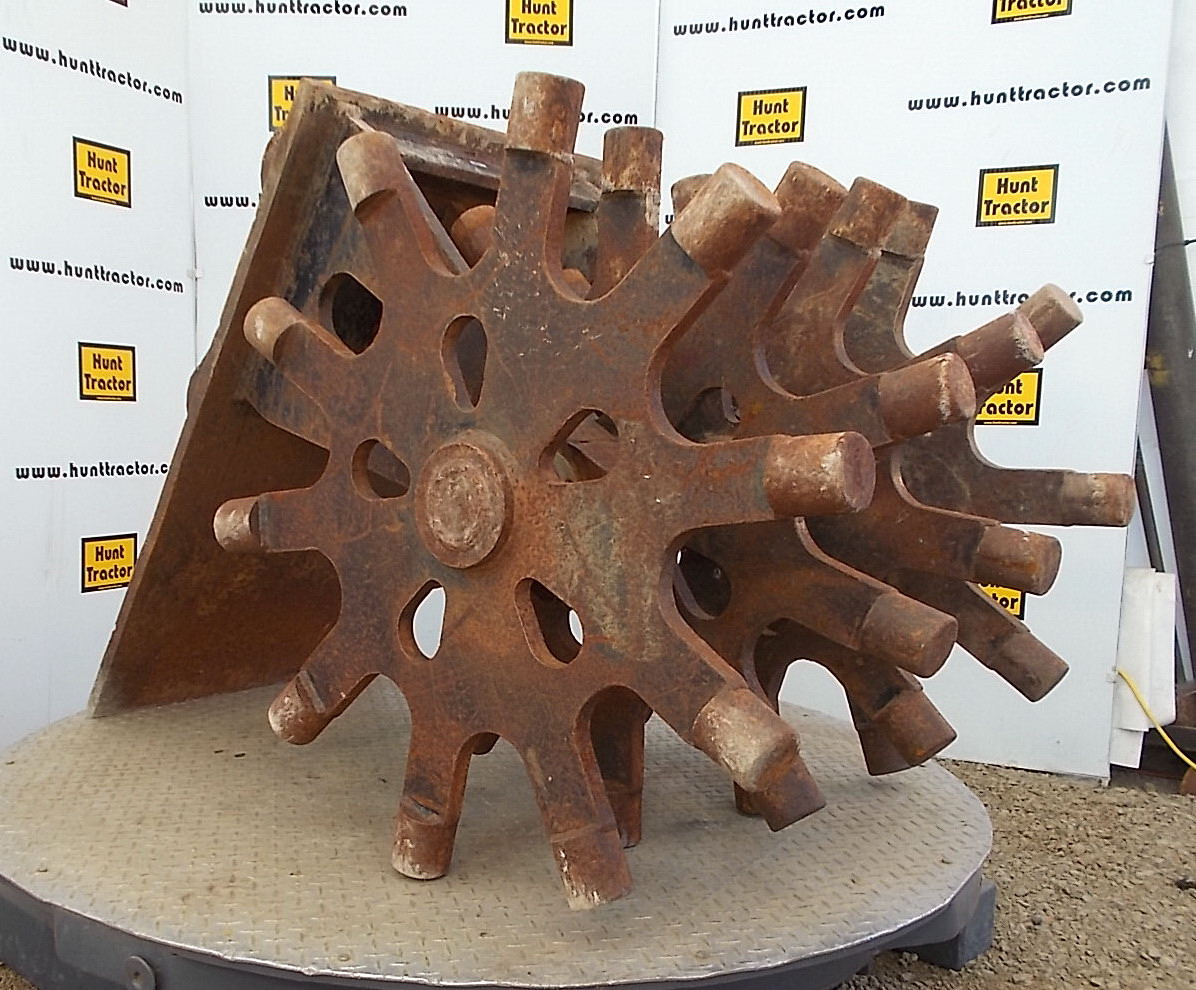 46271-34in Compaction Wheel-1