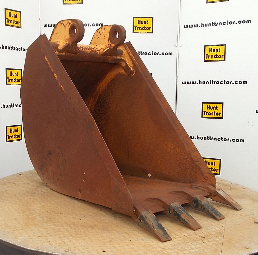 40433-24in Case 680 Bucket-1