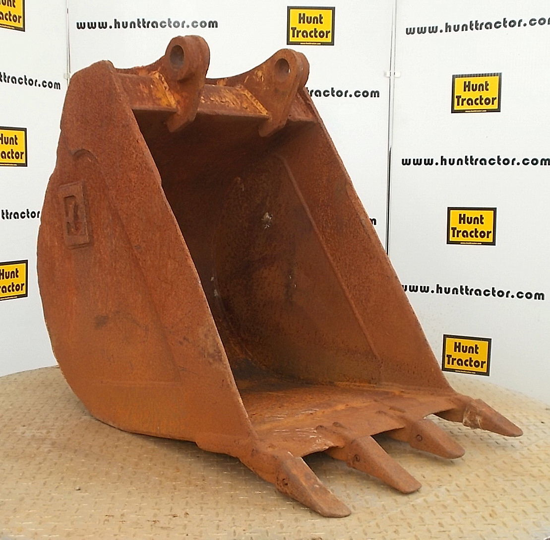 44353-24in Cat 426C Bucket-1