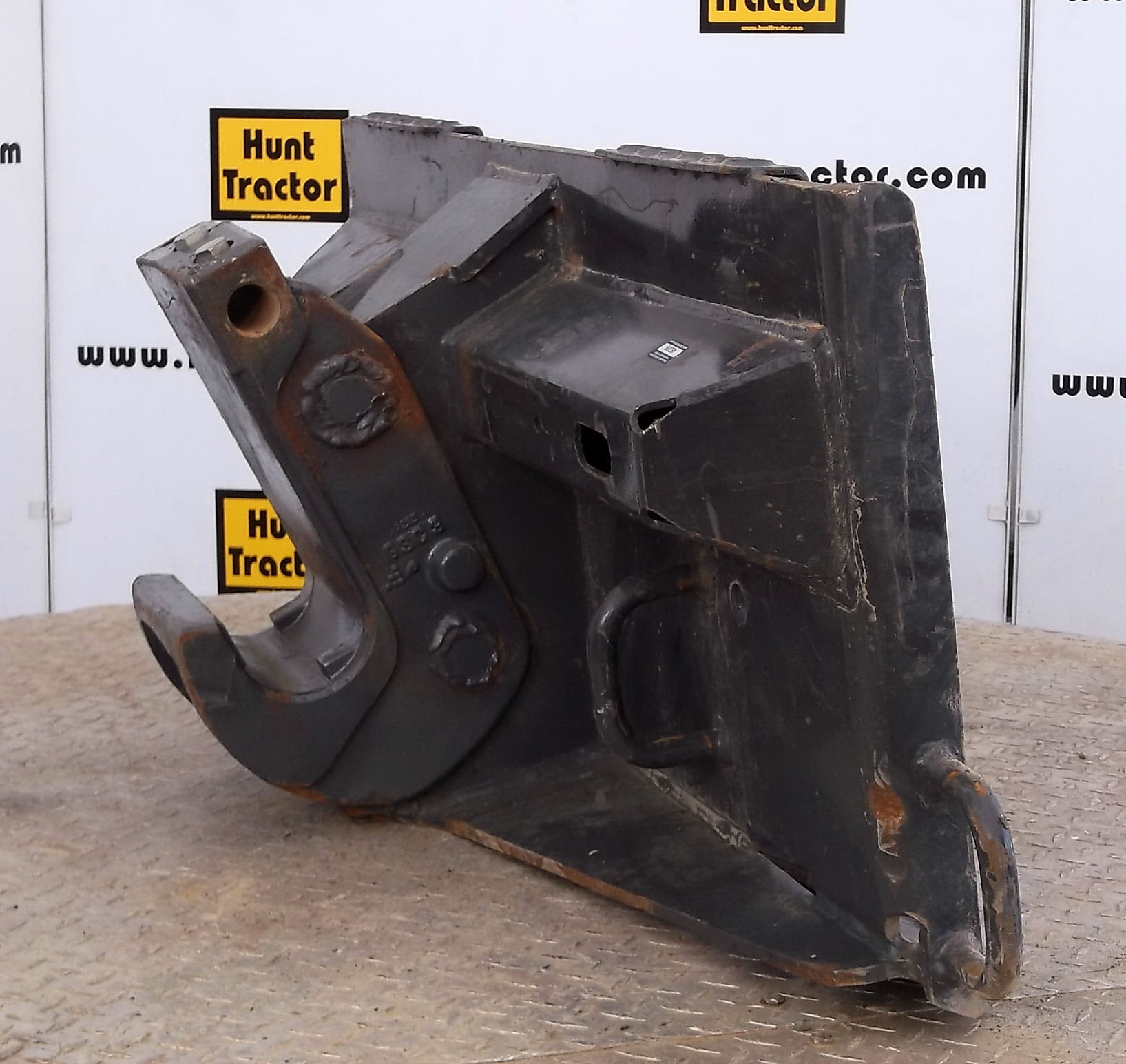 46309-Skidsteer to Bobcat X-Change Adapter-1