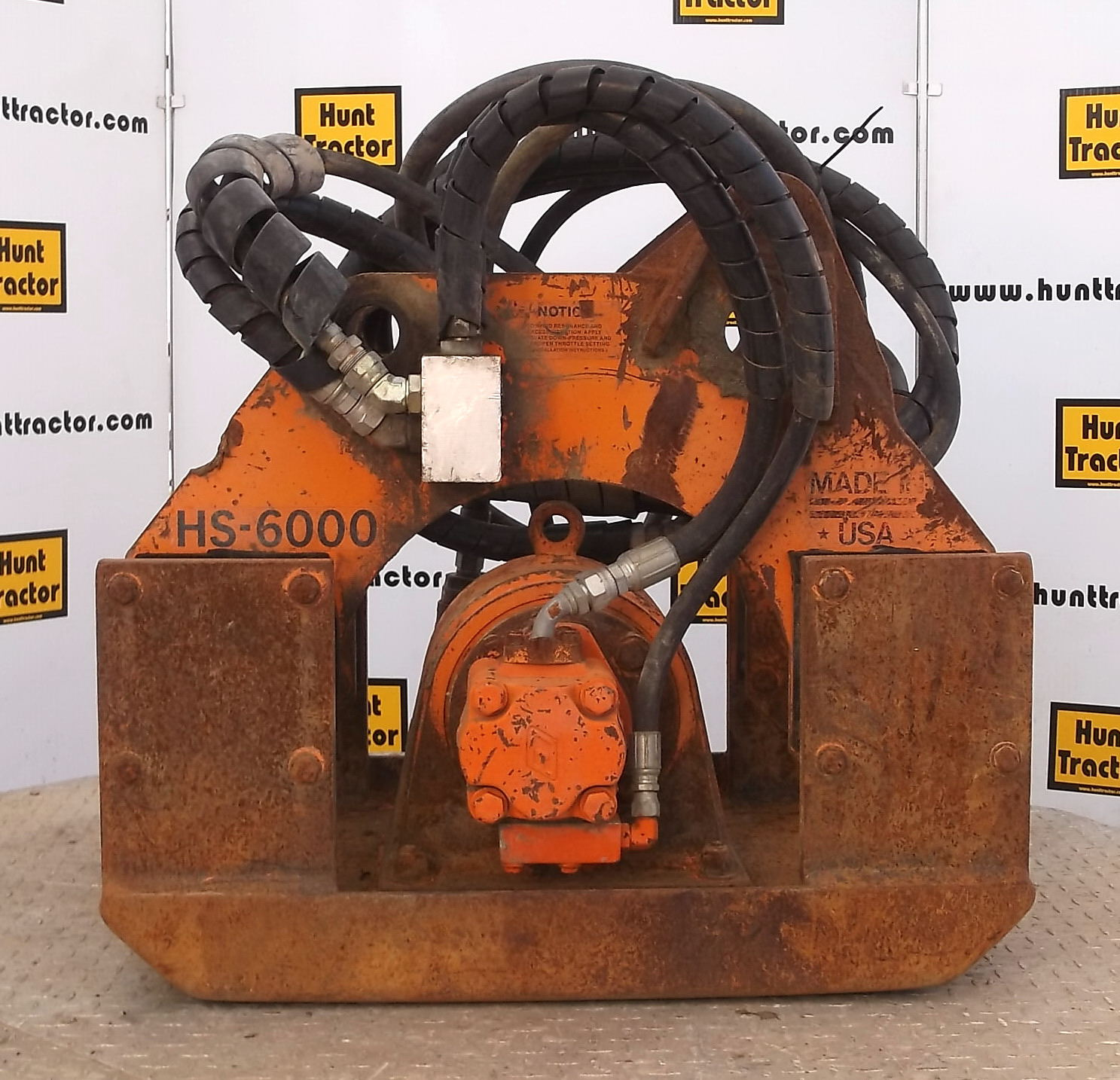 43348-Stanley HS6000 Plate Compactor-1