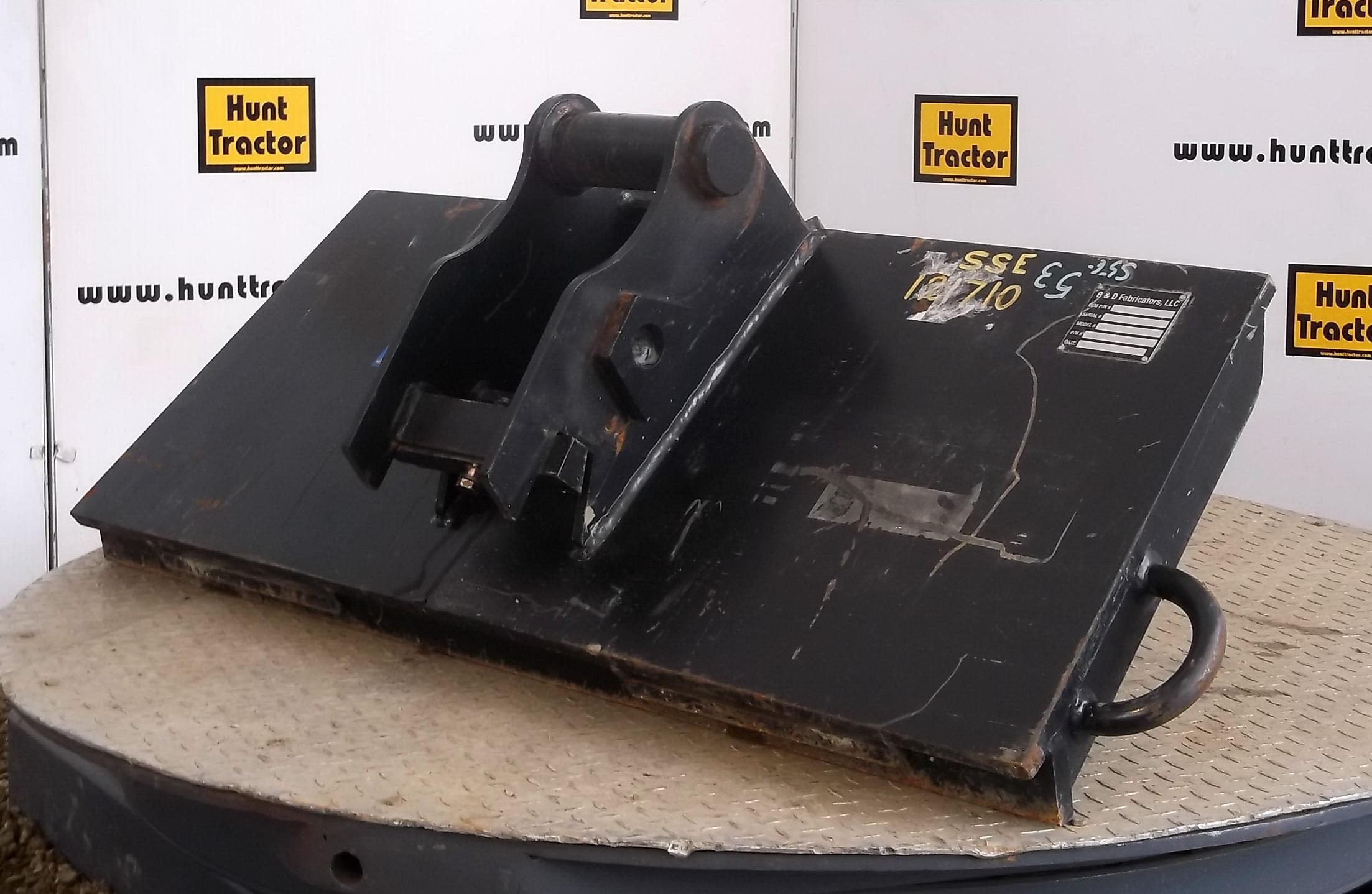 Used Universal Skid Steer To John Deere Wedge Adapter