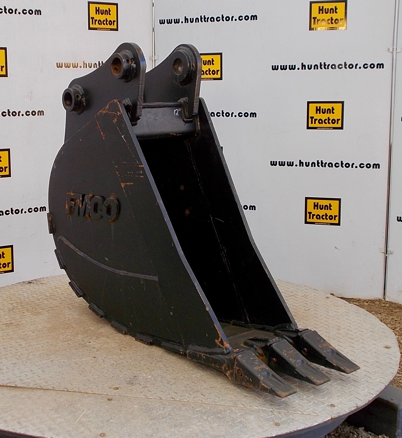 48366-New 12%22 Takeuchi TB175 Bucket-1